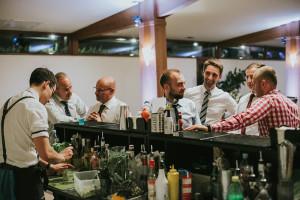 barman na weselu